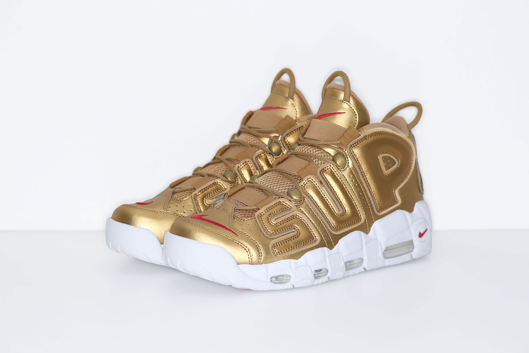 supreme-nike-air-more-uptempo-2017-spring-summer-gold-2