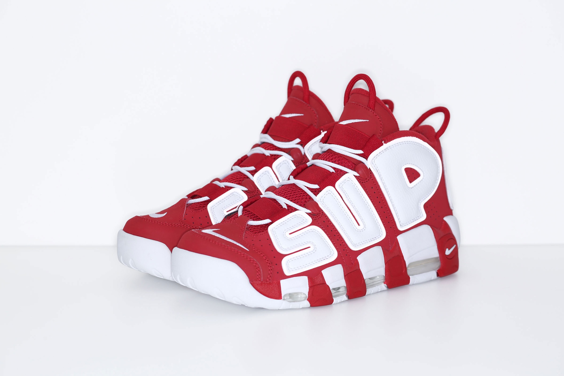 supreme-nike-air-more-uptempo-2017-spring-summer-red-4