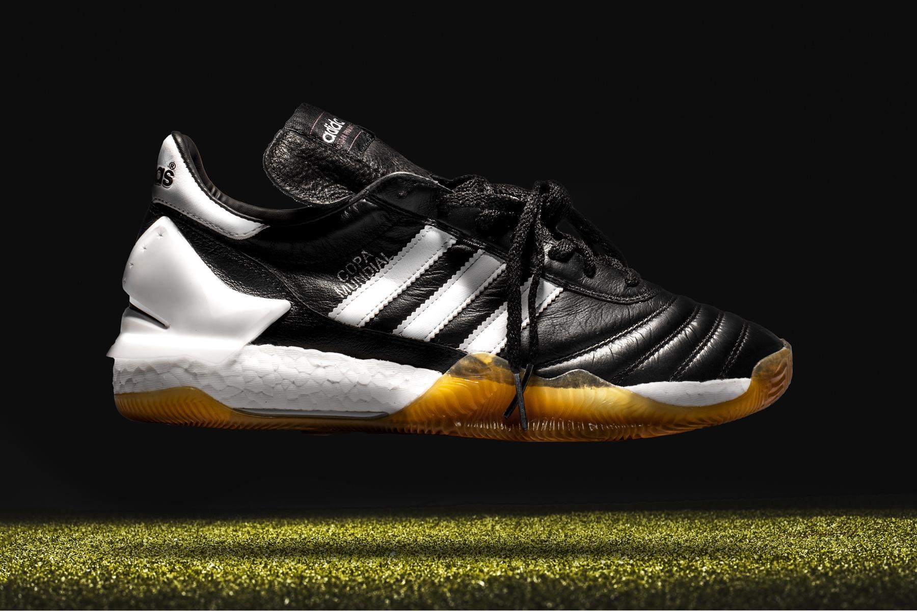 The Shoe Surgeon retravaille la Adidas Copa Mundial