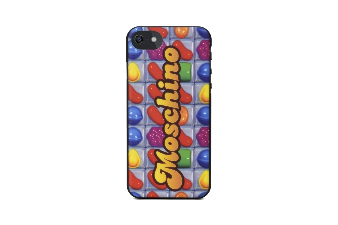 http---hypebeast.com-image-2017-04-moschino-candy-crush-accessories-collection-5