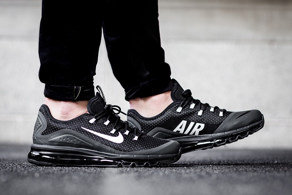 nike-air-max-more-black-1