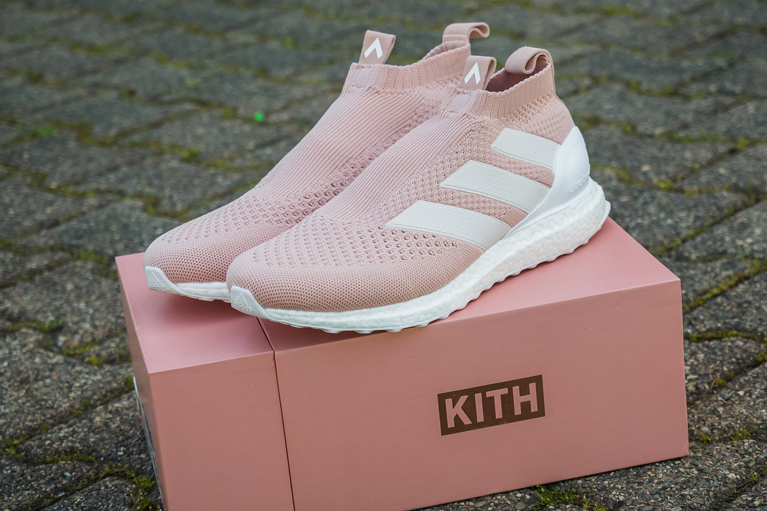 La KITH x Adidas ACE 16 + PureControl Ultra Boost commercialisée prochainement