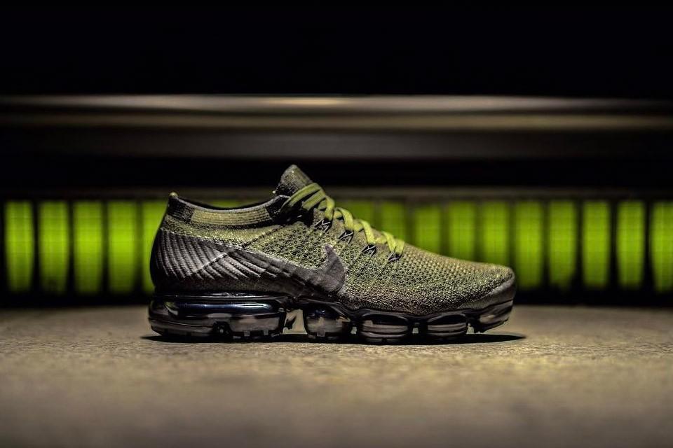 La Nike VaporMax fait surface dans un coloris vert et noir