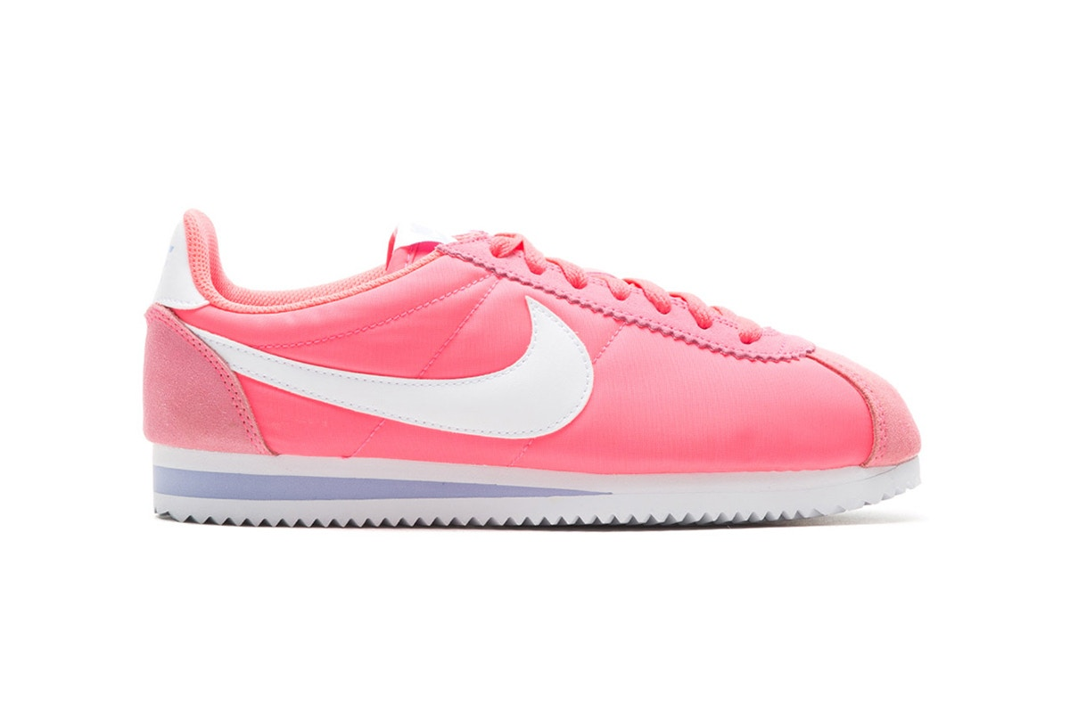 Nike attribue un look bubblegum à la Cortez Nylon !