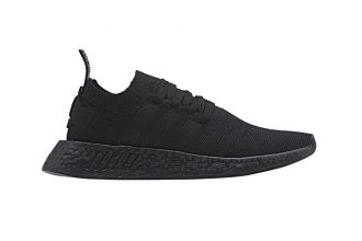 NMD_R2 Triple Black