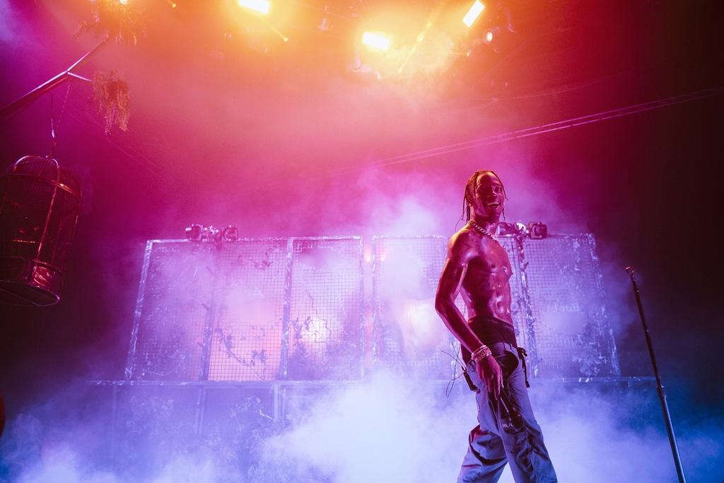 Bryson Tiller lâche la tracklist de son prochain album et prévoit un son avec Travis Scott