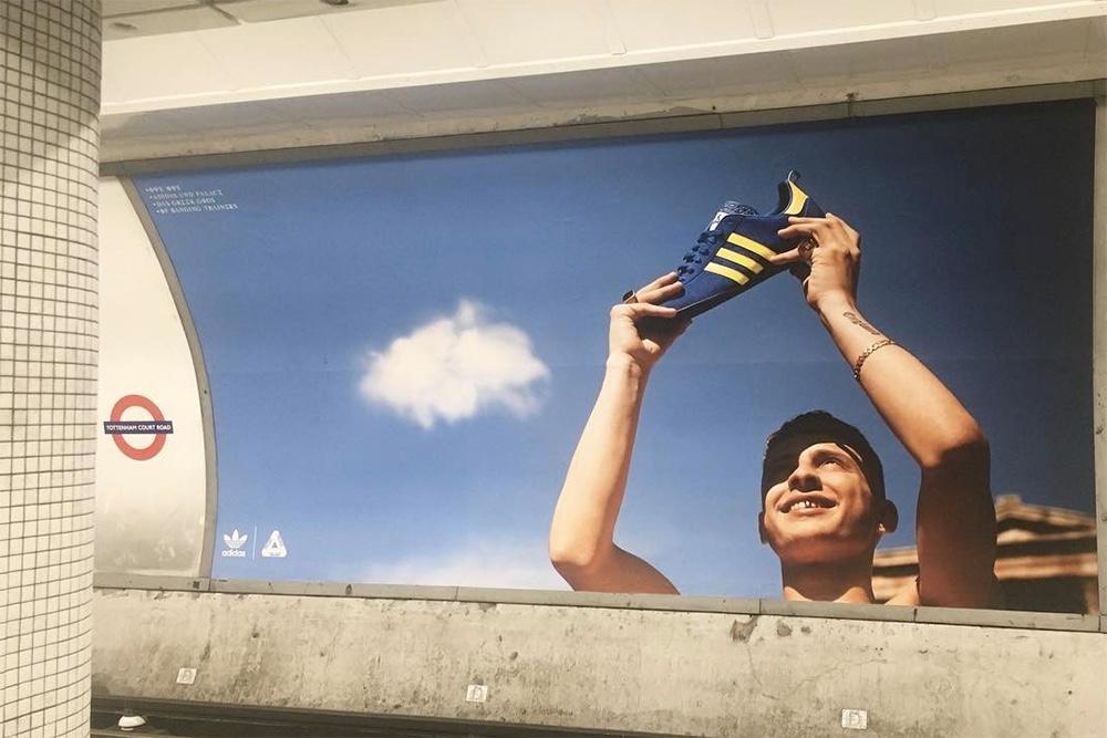 Palace et Adidas teasent leur future collaboration dans un métro londonien