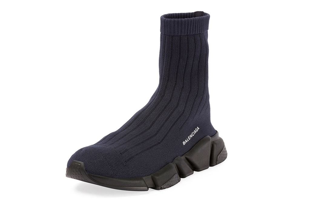 Balenciaga attribue un nouveau look à la fameuse Speed Trainer