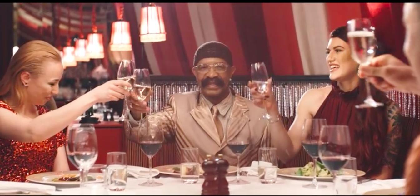 Le papa de Drake, Dennis Graham sort son clip pour «Kinda Crazy»