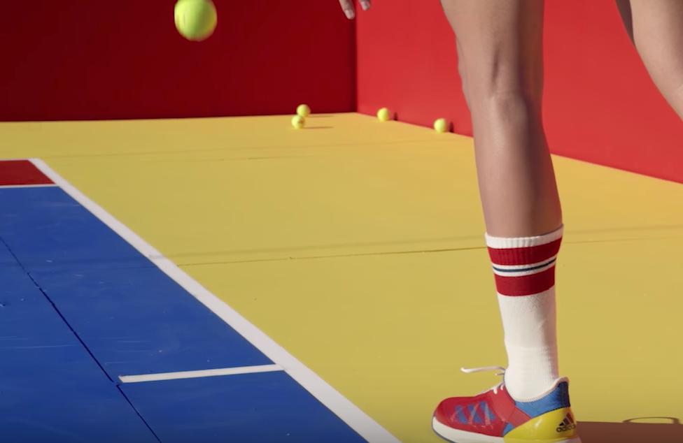 Le terrain de Tennis adidas x Pharrell est il un plagiat du playgroung Nike x Pigalle ?