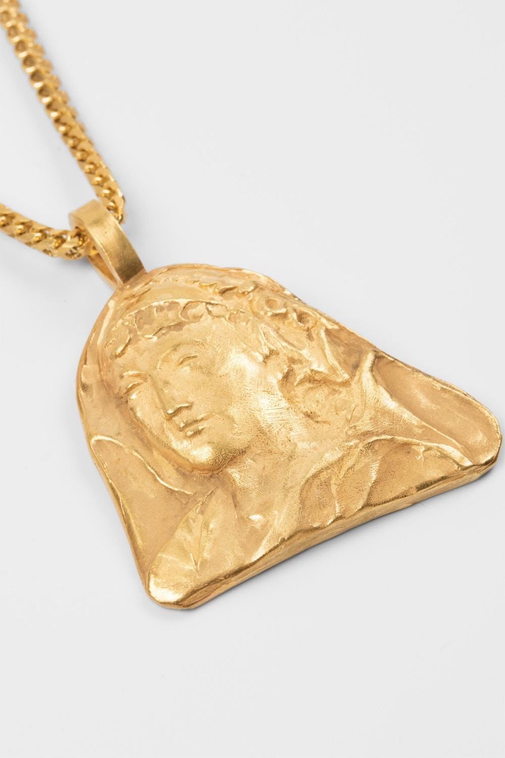 Les bijoux YEEZY sont en vente chez Colette!