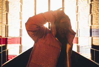 Spri Noir dans la série Rap x Mode de Kopeto, pour TRENDS