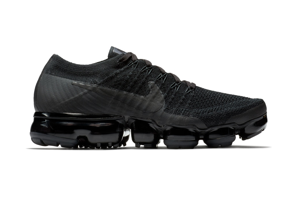 vapormax triple black 2