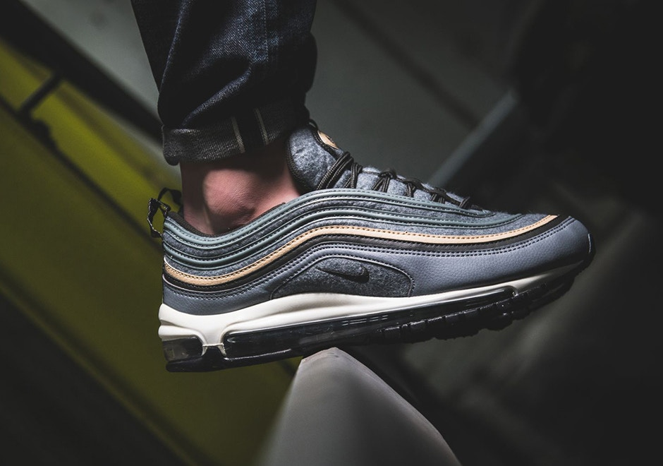 AM 97 wool grey