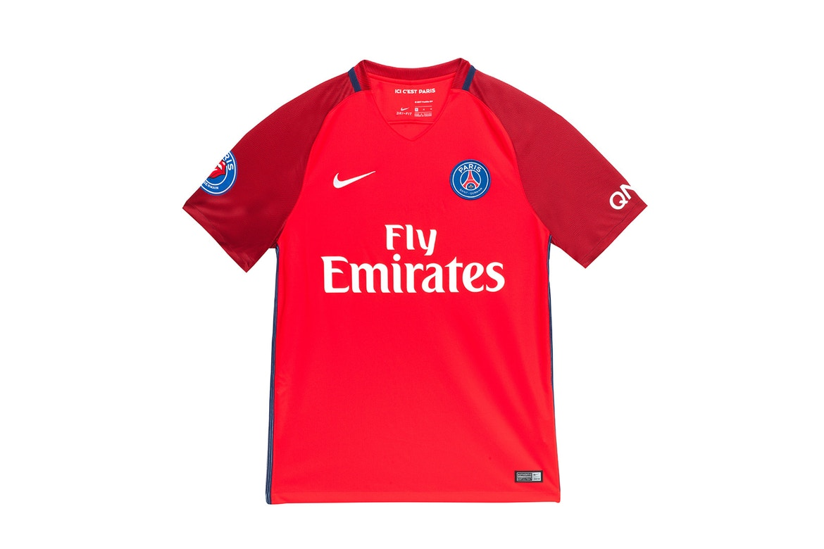 The Rolling Stone & le Paris Saint Germain sortent une collection capsule pour Colette