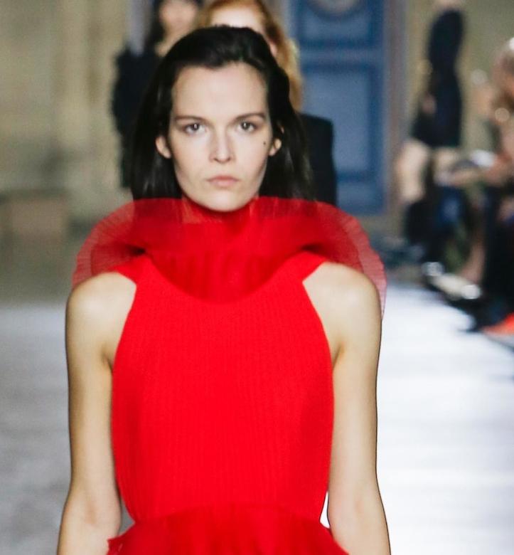 La premiére collection de Clare Waight Keller chez Givenchy
