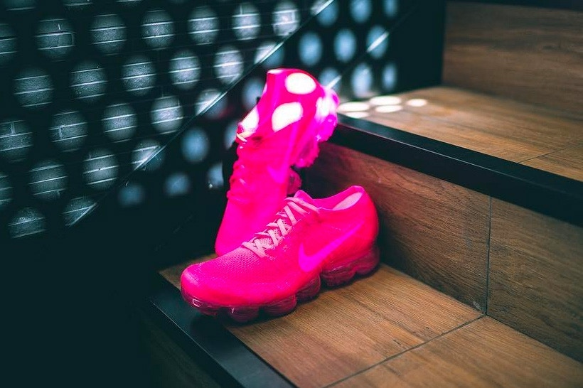 vapormax triple pink 2