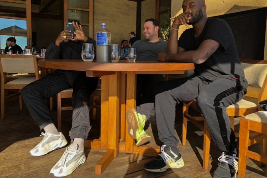 Kanye West tease sa YEEZY 700 en blanche
