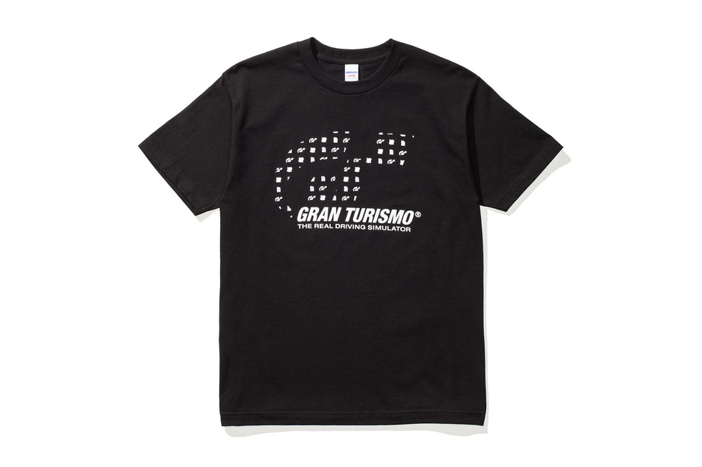 bape-undefeated-gran-turismo-collaboration-11