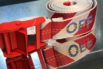 Virgil Abloh tease un nouveau coloris pour son Industrial Belt Off-White™