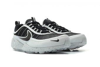 La Nike Air Zoom Spiridon fait son retour en «Pure Platinum»