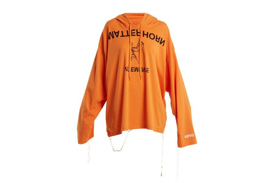 Deux nouveaux hoodies des Vêtements sont disponibles