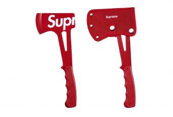 Les nouveaux accessoires de Supreme sont disponibles et une hache fait partie du drop !