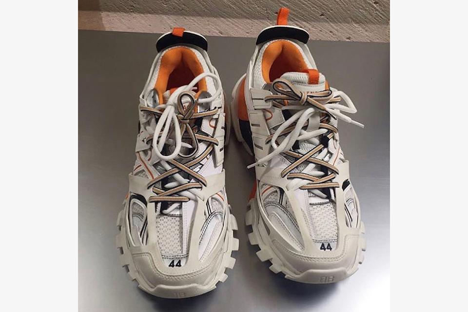 Sneakers Balenciaga Les Nouvelles Les De Balenciaga Sneakers De Nouvelles m0wnN8