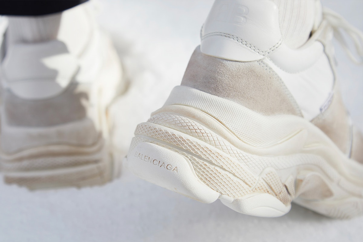 balenciaga-new-triple-s-white-ecru-online-draw-5