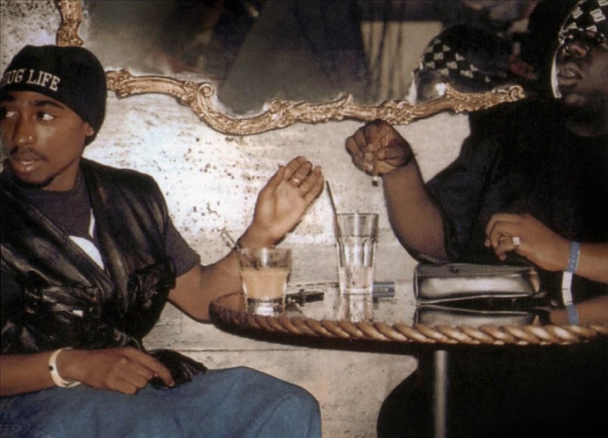 biggie-et-tupac-2002-02-g