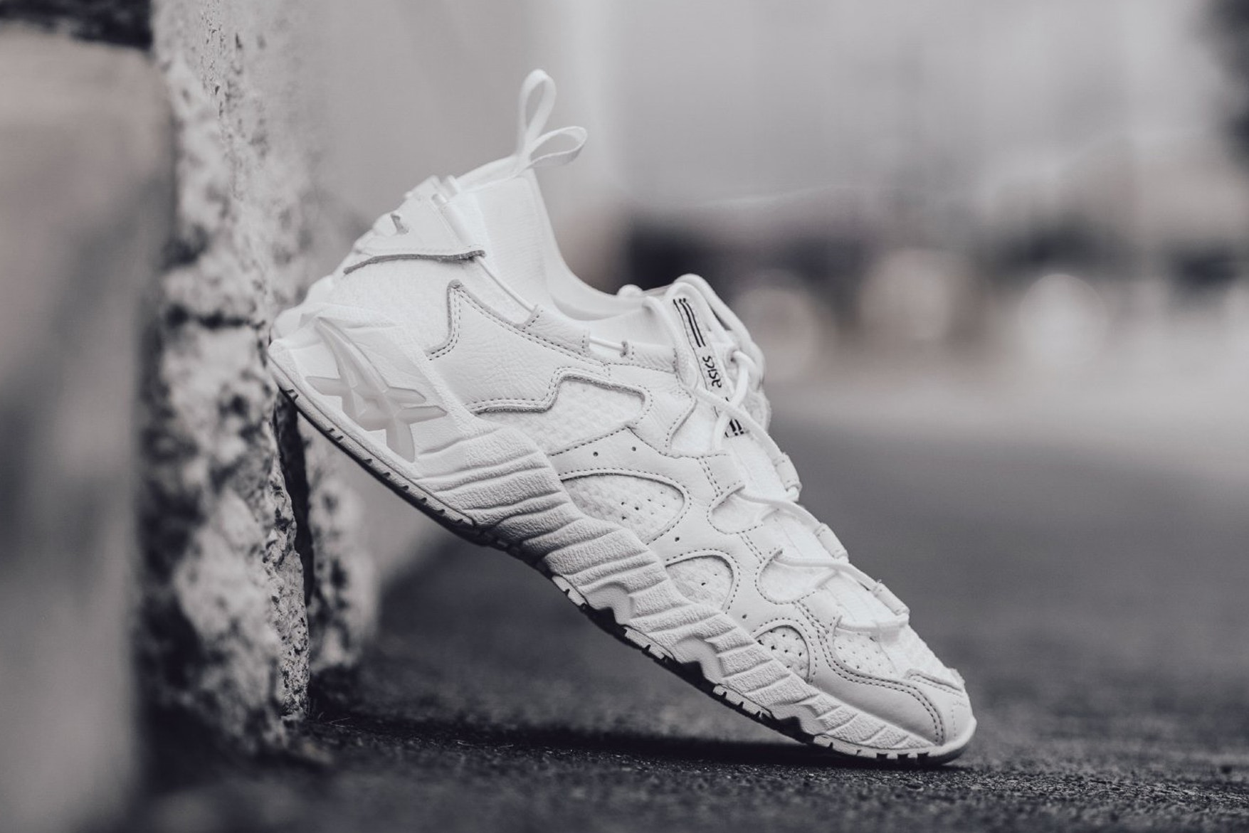 asics-gel-mai-triple-white-1