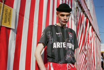 24 Kilates & Nike unissent leurs forces sur un maillot «ARTE PURO»