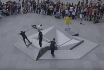 Volcom modernise et modélise le skate place de la République à Paris !
