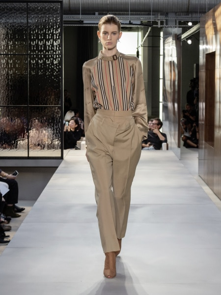 burberry_spring_summer_2019_collection_-_look_06_0