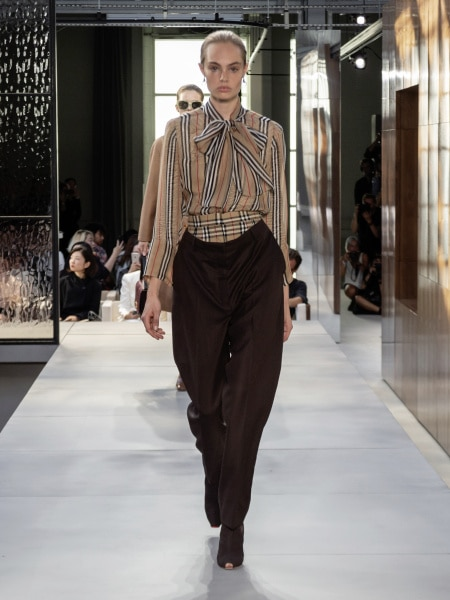 burberry_spring_summer_2019_collection_-_look_08_0