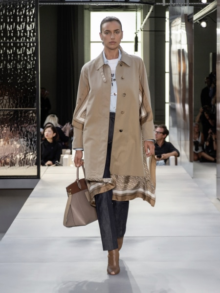 burberry_spring_summer_2019_collection_-_look_18_0