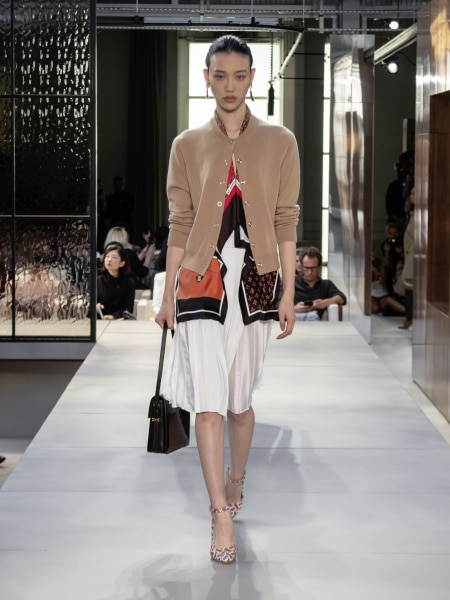burberry_spring_summer_2019_collection_-_look_22_0