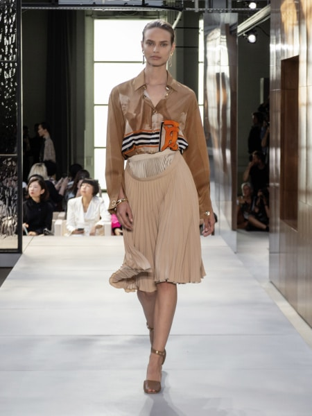 burberry_spring_summer_2019_collection_-_look_24_0
