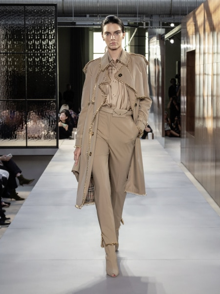 burberry_spring_summer_2019_collection_-_look_40_0