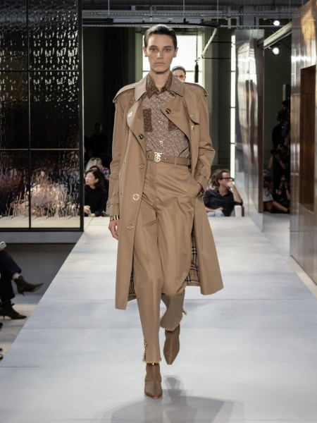 burberry_spring_summer_2019_collection_-_look_42_0