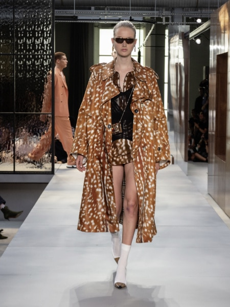 burberry_spring_summer_2019_collection_-_look_96_0